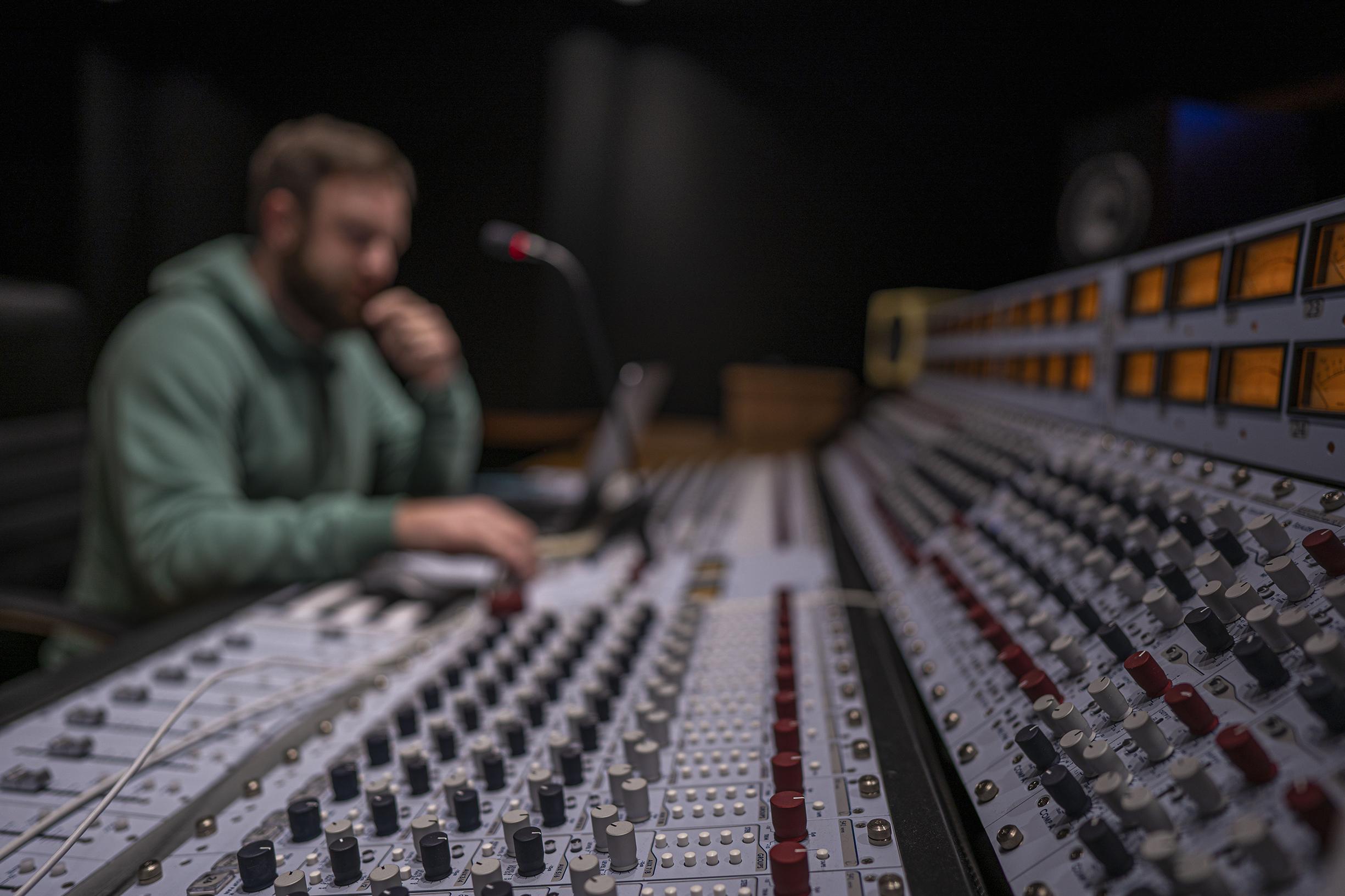 Звук игры: как создается музыка и саунд дизайн игр